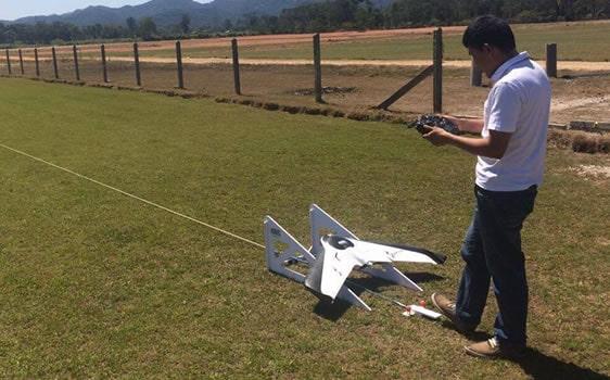 (English) Decolagem de Drone MAPTOR com catapulta
