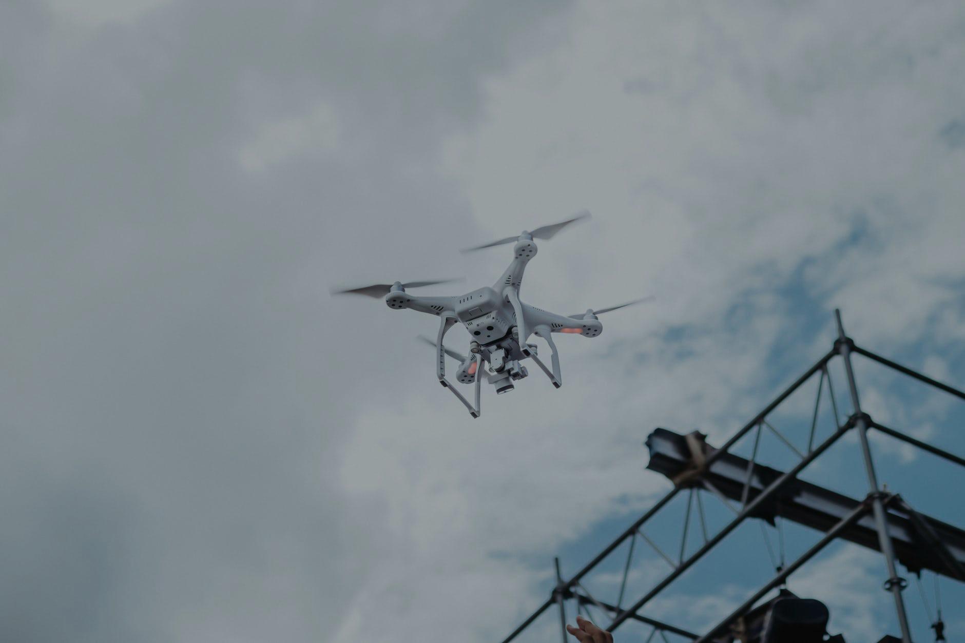 Drones: entenda quais ativos podem ser monitorados com eles